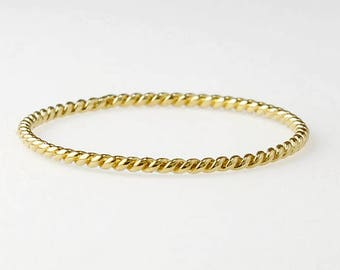 Solid 14K Gold Stacking Rings - Dainty Ring - 18 gauge 1mm stackable - Twisted Patten