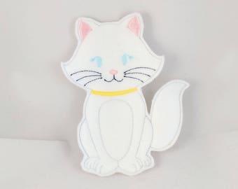 Queen -Duchess- Cat Finger Puppet - Kid's car toy- Christmas gift - Toddler Gift - Embroidered Felt Finger Puppet
