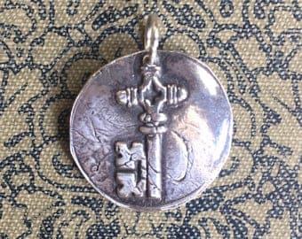 KEY Pendant in Fine Silver / UNLOCK / Wax seal Jewelry