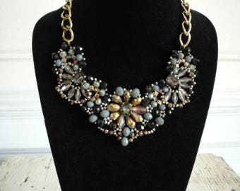 Vintage Crystal Aurora Borealis Rhinestone Black Jet Glass Gold Tone Statement Bib Necklace