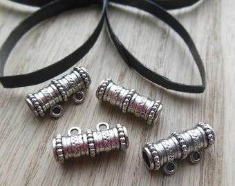 set of 4 silver-plated bails