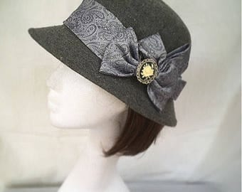 Downton abbey, grey hat, 1920s hat, vintage hat, gift for her,  cameo brooch