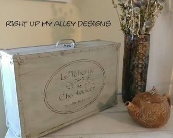 Painted wood box,luggage look,Parisian stencil case,luggage decor,Annie Sloan Duck Egg,Shabby Chic,storage case,decorating with suitcases