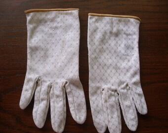 Vintage Gloves, Ladies Gloves, White Gloves, Silver Gloves, Evening Gloves,  Dress Gloves,  Costume Accessory, White Dress Gloves