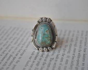 Vintage Sterling Turquoise Ring - 1960s Unisex Southwestern Silver Ring