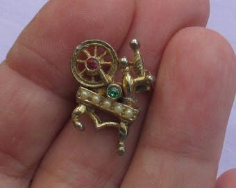 Vintage Spinning Wheel Colorful Rhinestone Faux Pearl Brooch TLC