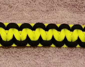 Bumble Bee  Black and Yellow Paracord Bracelet