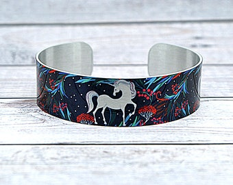 Unicorn jewellery cuff bracelet, metal bangle with unicorns. Fantasy animals and Unicorn lover gifts. secret message inscription. B589