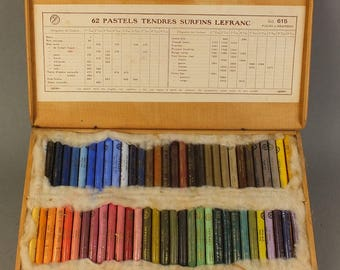 Lefranc pastel chalk in wooden box with 62 pieces No 615