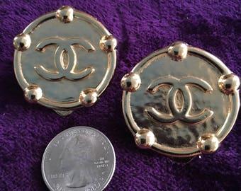 Chanel late 80s clip on earrings in goldstone