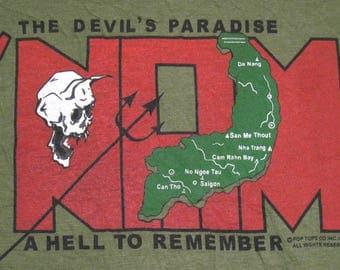 Vintage 80's VIETNAM - The DEVIL'S PARADISE Usmc Army Usaf Vietnam Military Screen Stars T Shirt. Never Worn. M