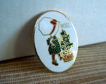 Vintage Holly Hobbie Christmas Pin , A. G. C. Cleveland, made in Taiwan