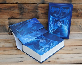 Hollow Book Safe - Deluxe Limited Edition Harry Potter Year 5