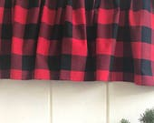 Plaid Buffalo window valance,  Red and Black Carolina Gingham Christmas Window valance, Plaid Kitchen Window Treatments, cabin theme decor