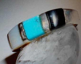 Womans Vintage  ring sterling silver turquoise ring southwest  size   sterling ring