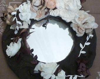 round mirror, chocolate, roses, Angels: romance