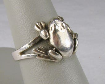 Small Articulated Sterling Frog Ring ~ Size 7 1/2 (Photo #7)