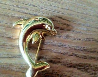 Gold bottlenose dolphin brooch