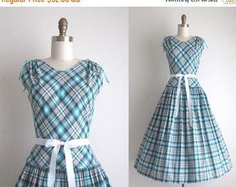 """SALE 50% OFF 1950s Dress / Vintage 1950s Sundress / Cotton Plaid Day Dress 28"""" Waist"""