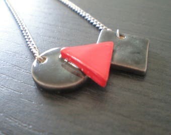 Manufacturing ceramic necklace made made in France