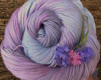 MERINO SOCK wool, hand dyed,  4 ply, fingering, 100 gms, 425 mts, Mollycoddle Yarns, indie dyer
