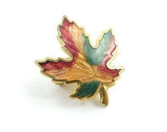 Vintage Maple Leaf Brooch, Enamel, Gold Tone, K77