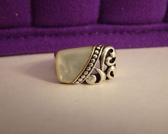 Sterling Silver and White Mother of Pearl Ring - size 7