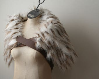 White Brown Wintercat Fur Ruff, Leather Chest Straps, Barbarian Fur Collar Leather X Straps, Moyamensing, shoulder pelt imitation fur mantle