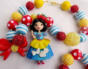 Snow White Necklace, Princess Snow White Necklace, Bubblegum Necklace, Chunky Necklace, Royal Sparkle Snow White Necklace, Disney Necklace