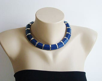 Vintage Retro Genuine Lucite Dark Blue Gold Choker Flat Necklace Jewelry
