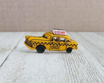Taxi - Yellow Cab - New York City - NYC Taxi - Lapel Pin