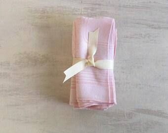 Vintage 5 Pink Linen Dinner Napkins