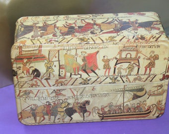 Bayeux Tapestry Biscuit Tin. Made by Massilly of France. Chic French Style. c1960s