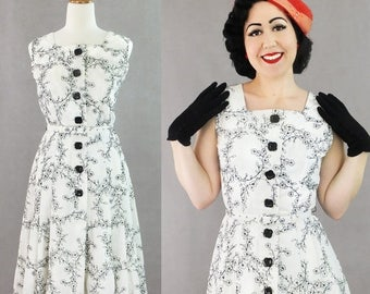 60% OFF One only! Vintage Cotton 1950s 50s dress / Authentic vintage reproduction / White and black 50s day dress / size M / 36 bust