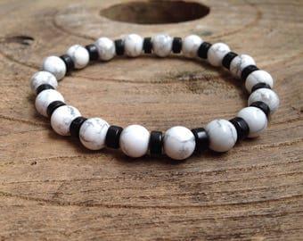 Men's Bracelet Mala 8 mm White Howlite and Black Howlite, Gemstones, Stretch, Trendy