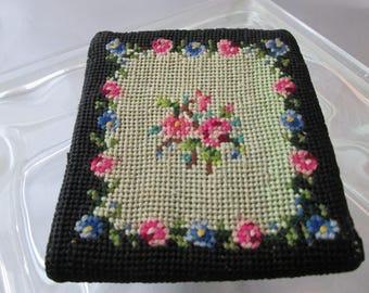 Vintage Black Needlepoint Pink Blue Rose Floral Wallet Bill Fold Coin Change purse