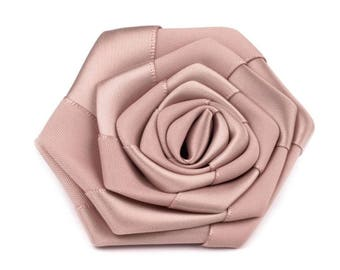 2 7 cm in old pink satin flowers