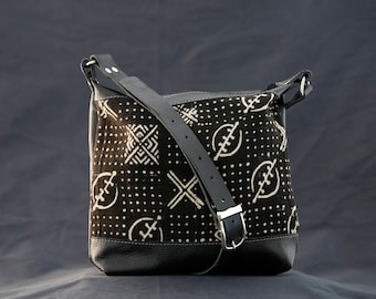 Black Leather Shoulder Bag - Black Leather Cross Body Purse - Boho Chic Leather Bag - Ethnic Leather Bags