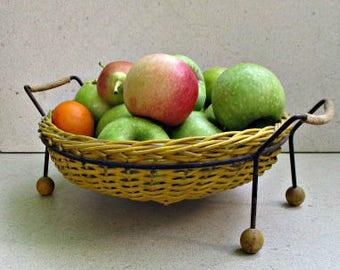vintage wire fruit basket banana basket wire fruit bowl atomic madmen era fruit