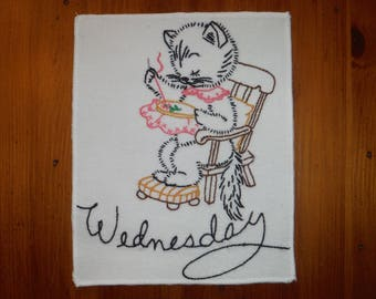 Vintage 1950's Kittens Days of Week Embroidery Linen - Seven Days of Week Cat Towel - '50's Kitschy Wednesday Embroidered Kitchen Towels