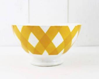 Vintage Yellow Bowl, Yellow Ceramic Bowl Large Decorative Bowl, Yellow Farmhouse Bowl, Yellow Checkered Bowl, Sarreguemines France (E392)