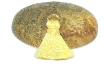 Mini 20mm with ring yellow rayon tassel