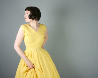 50s bright YELLOW dress with a full skirt wit a RUFFLED hem - COLOURFUL sunny New Look / Mid Century dress - xs / uk6