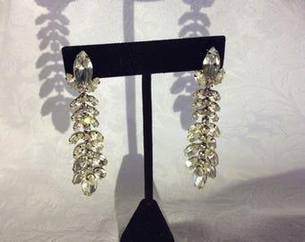 Vintage Weiss collectors Rhinestone Drop Chandelier Earrings