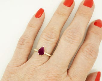 Red Ruby Diamond Engagement Ring -Gold Ring-1 carat Ruby Engagement Ring -Birthstone ring-Promised ring-Ruby ring-Pear shaped Ruby-For her