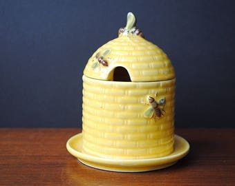 Vintage * 1970s * GOEBEL German Ceramic Honey Pot Bee Hive * with lid * Bees * yellow * Retro on Breakfast Table
