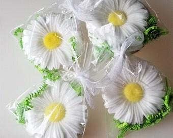 Daisy Soap - Birthday - Mothers Day - Gift