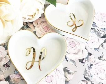Heart Ring Dish Monogram Ring Dish Personalized Ring Dish Bridesmaid Ring Dish Holder Heart Shaped Ring Dish Wedding Gift Ideas (EB3233SM)