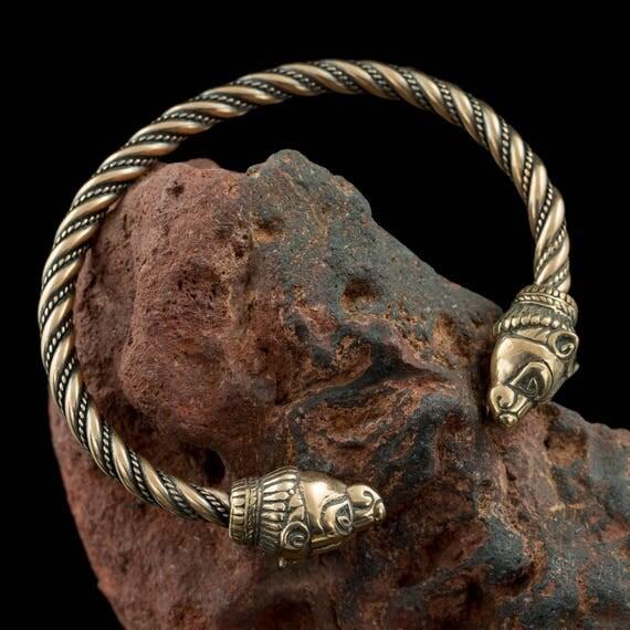 Battle Of The Kettles: BERSERKER Ours Bronze Bracelet Viking Bijoux Bijoux Grizzly