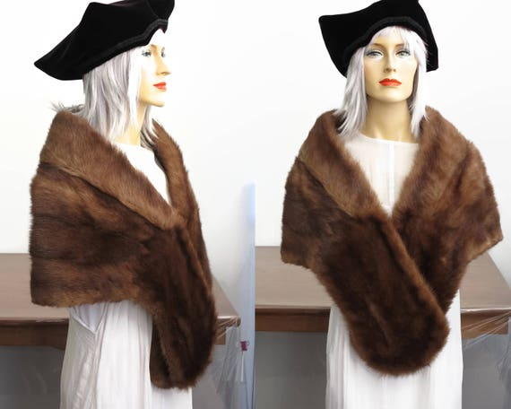 Brown mink fur stole, nicely shaped with fur clip, shawl collar, finger pockets, fully lined, light / dark shading, Jackson & Son, Australia